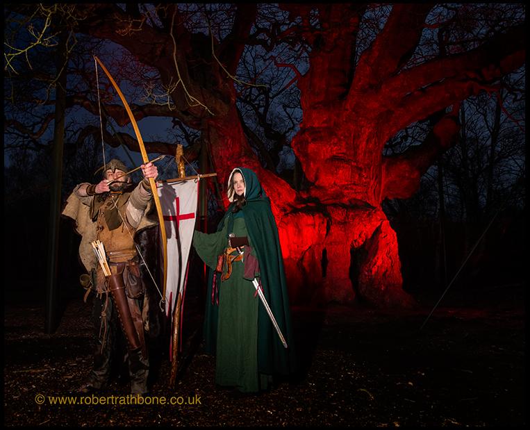 Robin Hood and Maid Marion at the Major Oak © Robert Rathbone, Nottingham press photographer